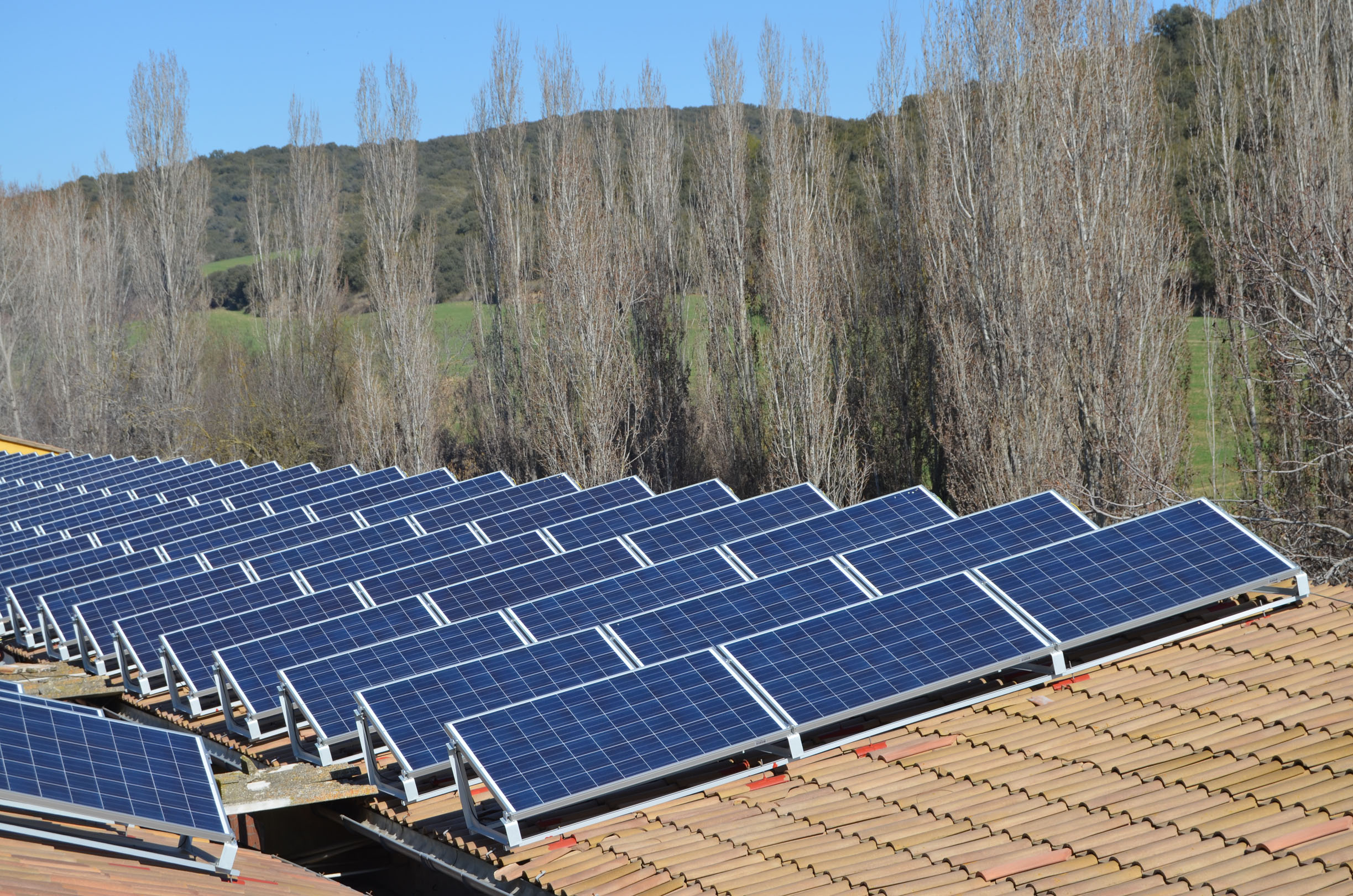Construyen la instalación fotovoltaica con 'inyección cero' más grande de la provincia de Lleida