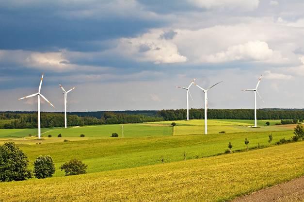 Andalucía solicita un régimen transitorio que mantenga la viabilidad de las instalaciones renovables ya operativas
