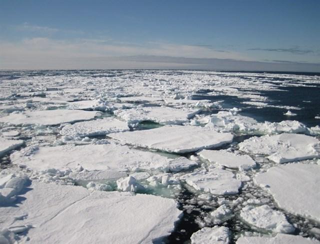 Europa quiere proteger el Ártico y que no se militarice