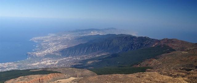 El volcán Dorsal Noreste de Tenerife emite 1.300 toneladas de CO2 al día