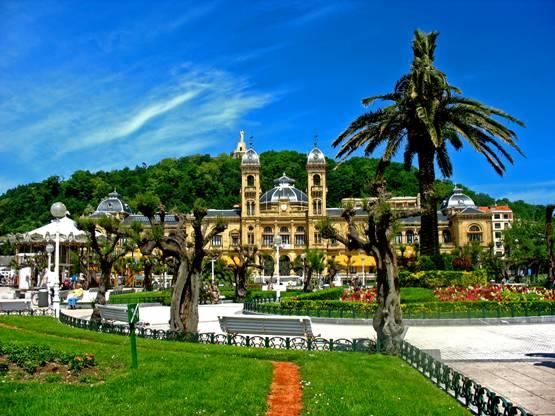 Donostia-San Sebastián reduce su consumo eléctrico y abre puertas a las energías renovables