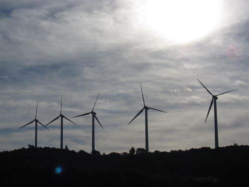 Europa pide a Rajoy que detenga la inseguridad jurídica con la energías renovables