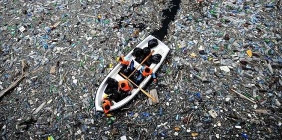 Descubren otra isla de plástico cerca de las costas de Chile y Perú