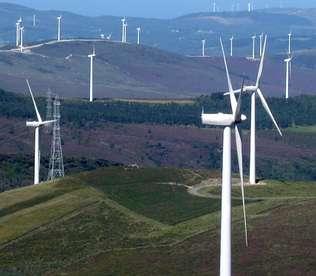 Junta no teme un recurso de las eléctricas contra el canon eólico