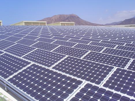 Estrategias de mantenimiento y rendimiento de módulos esenciales para plantas fotovoltaicas optimizadas en Chile