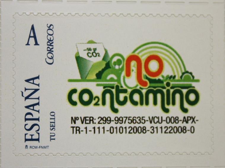 Un sello de correos compensará las emisiones de CO2 que generan los envíos postales