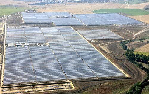 Abengoa construirá una de las mayores plantas de energía solar del mundo en EEUU