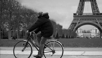 Francia pagará para que la gente vaya a trabajar en bicicleta