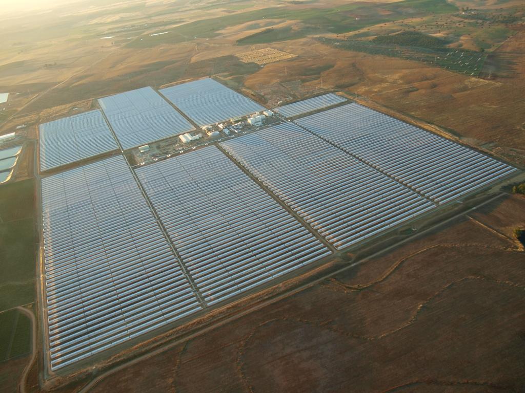 España supera a EEUU y se convierte ya en el  mayor productor mundial de energía solar termoeléctrica