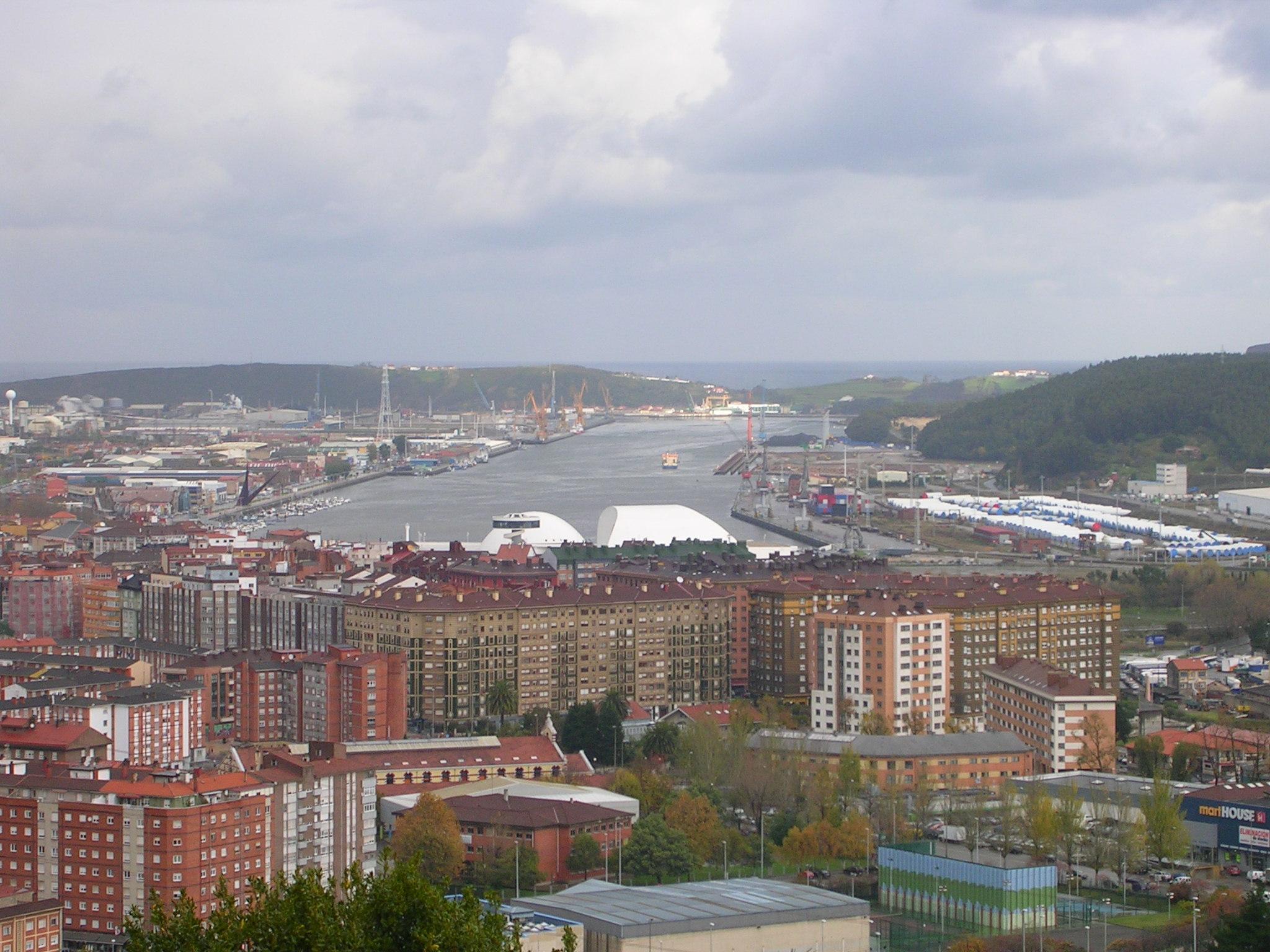 Asturias. El disparate de los dragados del puerto de Avilés