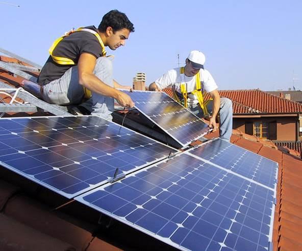 La energía fotovoltaica española registra un ligero crecimiento