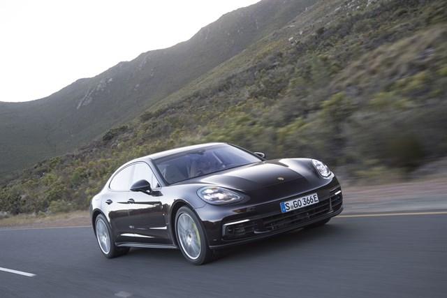 Panamera 4 E-Hybrid, primer modelo de Porsche que demuestra el concepto 'E-performance'
