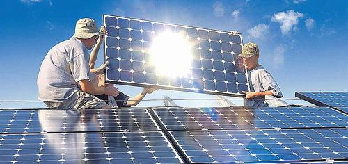 Placas solares para salvar Isofotón