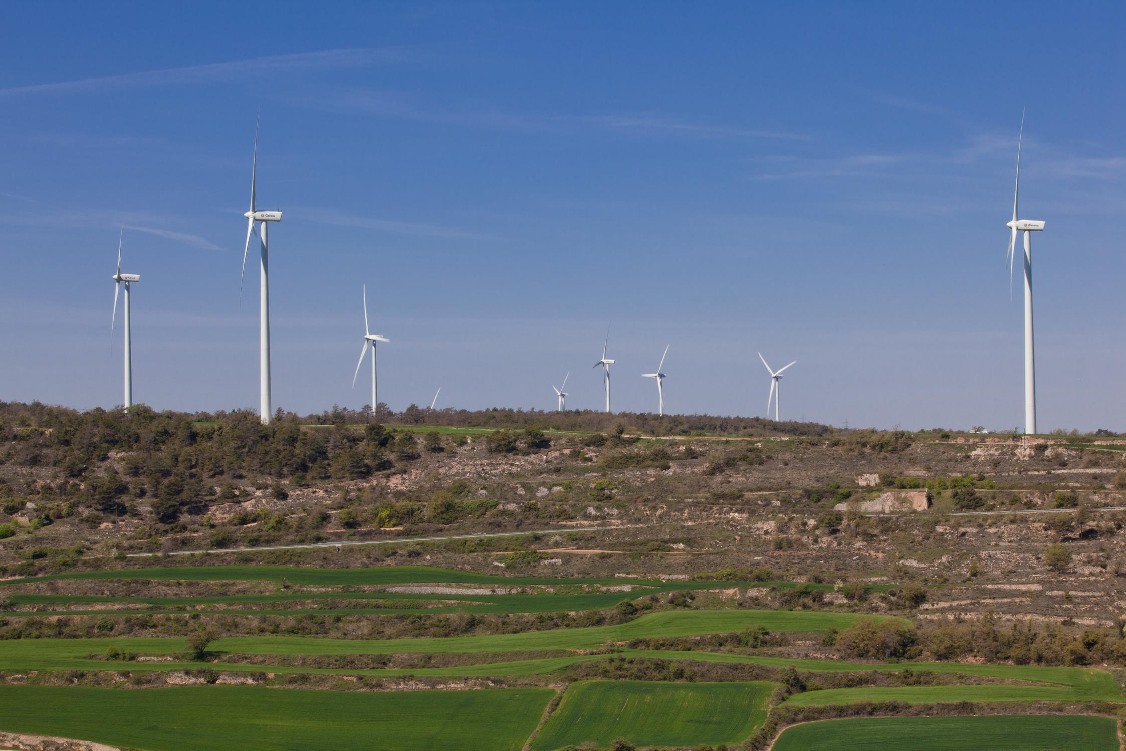 Iberdrola Renovables entra en el mercado renovable catalán mediante la compra de dos parque eólicos