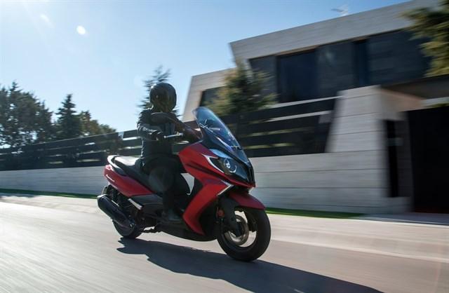 Los 5 millones de motos que circulan por España ahorran 9,8 millones de toneladas de CO2 al año
