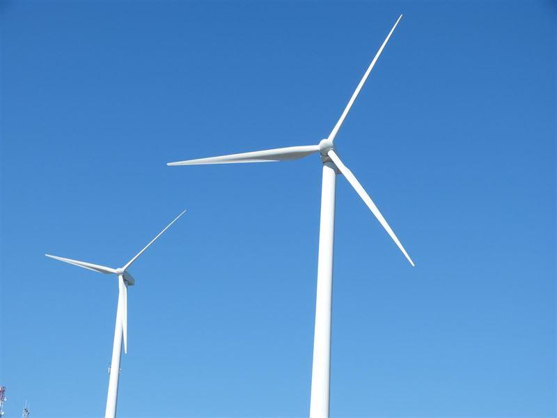 IU de Aragón exige que se potencie la energía eólica en lugar de 'castigarla'