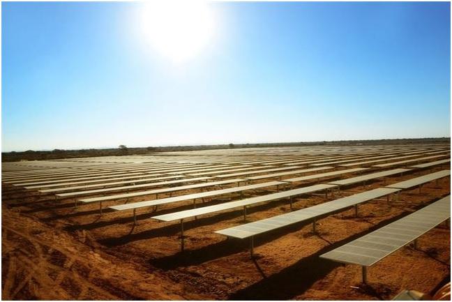 Acciona Energía arranca la central fotovoltaica de mayor producción de África