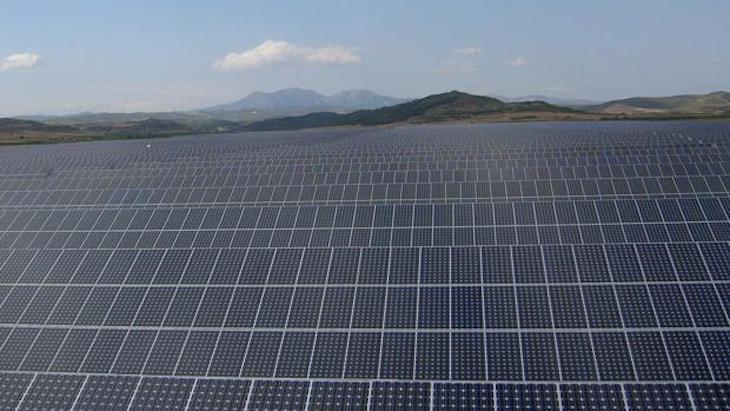 UNEFCAT: dialogo y fotovoltaica