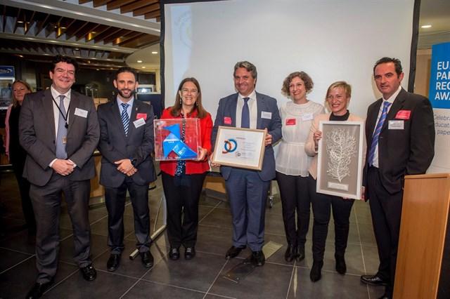 ASPAPEL recibe el premio European Paper Recygling Award por su programa 'Pajaritas Azules'