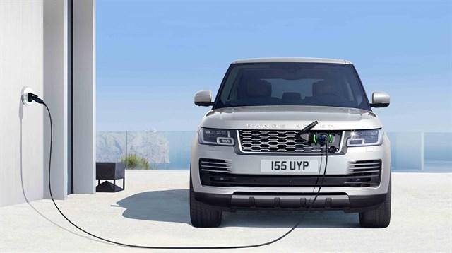 Land Rover renueva la gama Range Rover e incluye motorización híbrida enchufable