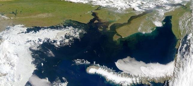 El metano (potente gas de efecto invernadero) escapa del permafrost marino del Océano Ártico ruso