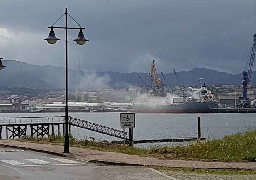 En Avilés suben todas las contaminaciones posibles, benceno, azufre, partículas