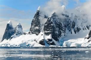 La Antártida acelera o frena su deshielo en respuesta a los cambios de temperatura del océano