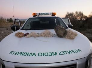 Decomisan seis redes y un hurón usados en Almería para la caza furtiva