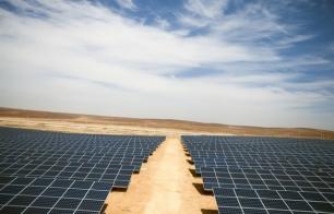 Azraq, el primer campo de refugiados del mundo alumbrado con energía solar
