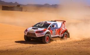 Conoce el primer coche eléctrico que completa el Dakar