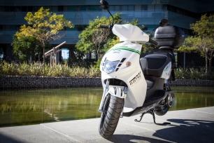 La movildiad del futuro llega a barcelona de la mano de cooltra motos