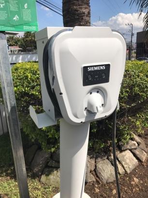 Costa Rica. Heredia estrenó electrolinera con acceso público y gratuito