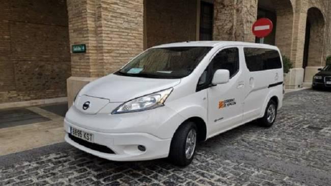 Hacienda del Gobierno de Aragón adquiere el primer coche eléctrico para el parque móvil autonómico