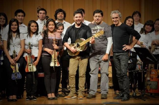 La Gran Orquesta de Instrumentos Reciclados de Cateura nos obsequiará una acojedora bienvenida al Año Nuevo con su tradicional concierto solidario