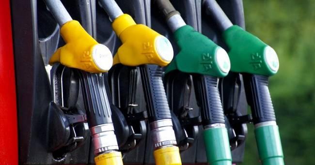 Europa aprueba normas que limitan exposición al gas del diésel y otros siete cancerígenos