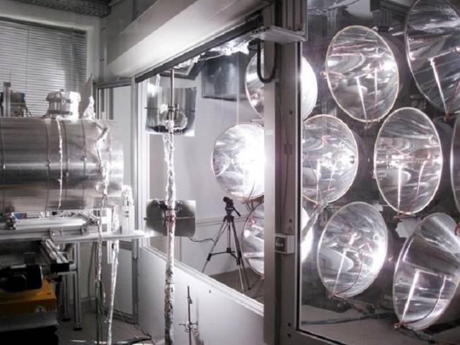 Éxito del primer reactor solar térmico que funciona de noche