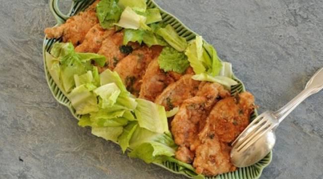 Pechugas de pollo adobadas con hierbas y pimentón