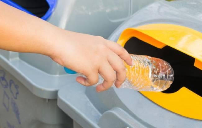 El uso de plástico reciclado 'viento en popa'