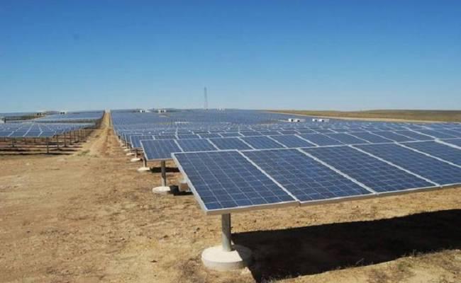 FRV cierra con el Banco Sabadell el acuerdo de financiación para su planta solar de La Solanilla