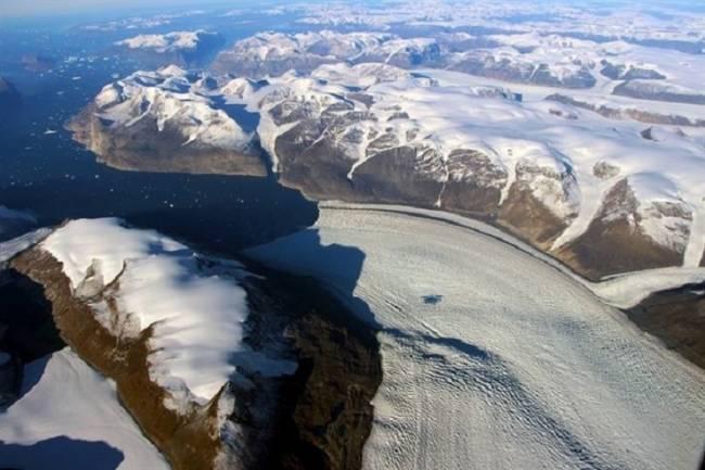 La arena del deshielo glaciar, oportunidad económica para Groenlandia