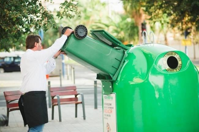 Reciclados más de 4.300 toneladas de residuos de vidrio en Huelva, un 1,5 por ciento más