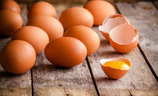 Huevos + colesterol, el suicidio perfecto