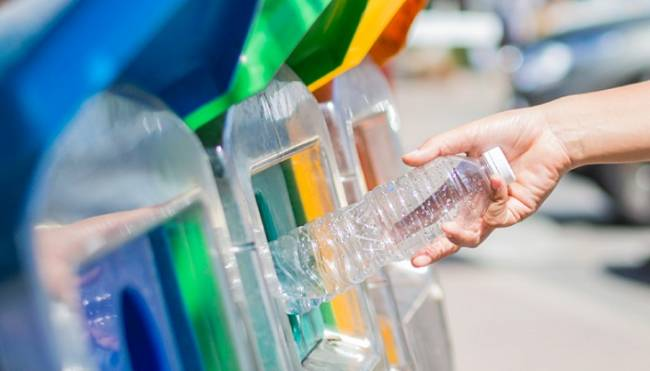 Timor Oriental se convertirá en el primer país del mundo en reciclar todos sus residuos de plástico
