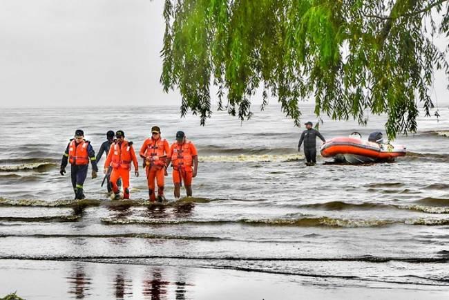 Buenos Aires: Un buque de Liberia derramó petróleo en Berisso con un grave daño ambiental
