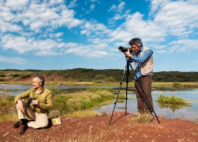 La Diputación de Ávila exhibe su idoneidad para el turismo ornitológico