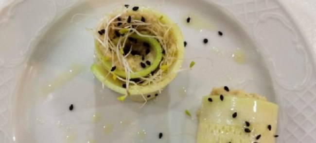 Rollitos de calabacín con pate vegetal