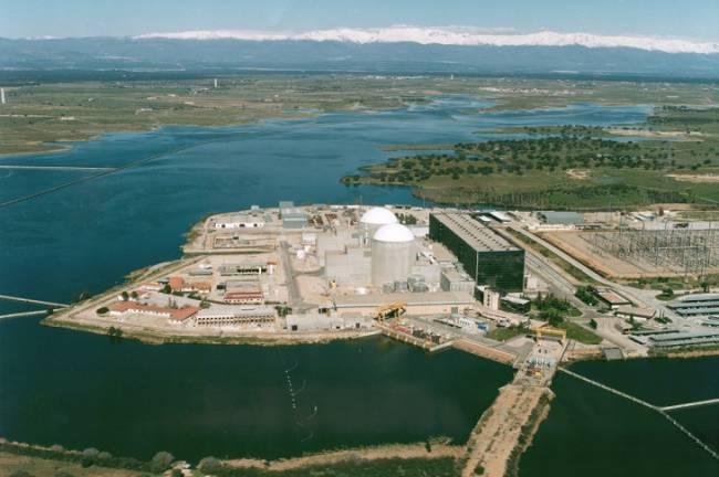 Extremadura aceptara el cierre de Almaraz si se invierte en energías renovables