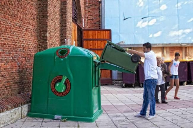 Campañas de recogida de envases y vidrio de Diputación de Granada logran cifras récord en hoteles y bares de la Costa