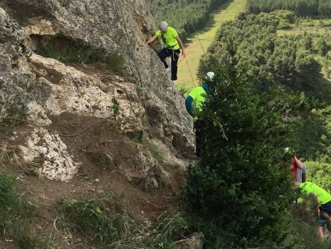 Más de 200 personas han participado en la IV Jornada de Montaña y Escalada en Nalda