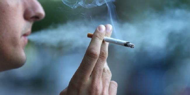 El sobrepeso te puede llevar a fumar